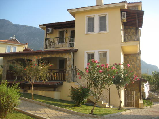 Unique 4 bed villa in Ovacik with 2 pools and bar £129,000
